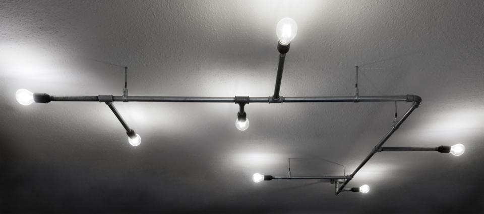 wasserrohrlampe lichthaus halle ffnungszeiten. Black Bedroom Furniture Sets. Home Design Ideas